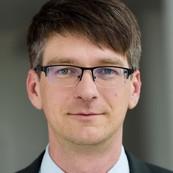 Dr. Sebastian Schmerl
