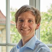 Dr. Stefan Suwelack