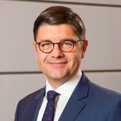 Dr. Christian Janze
