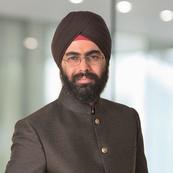 Siemens AG,  Puneet Singh