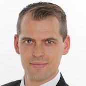 MHP Management- und IT-Beratung GmbH, Dr. Julian Popp