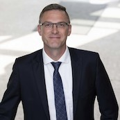 Prof. Frank Henning