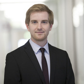 Dr. Tobias Herken