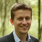 Dr. Matthias Lange