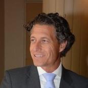 Dr. Uwe Seebacher
